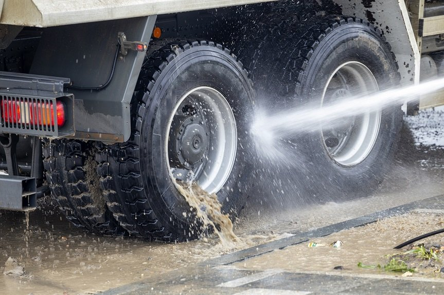 washing truck wheels
